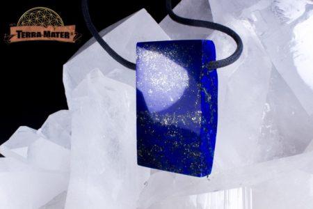 Pendentif de 42g de Lapis Lazuli, semi poli et percé