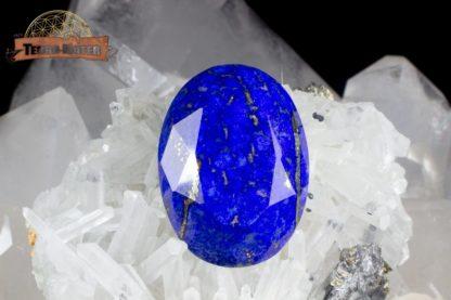 Petite pierre ovale facettée de Lapis Lazuli de qualité supérieure