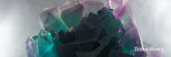 Amas de cristaux de fluorite