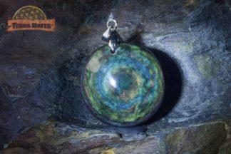 Pendentif en obsidienne Manta Huichol (ou Mentogochol)