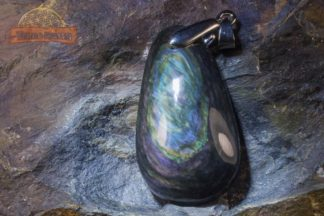 Pendentif d'Obsidienne Manta Huichol AAA