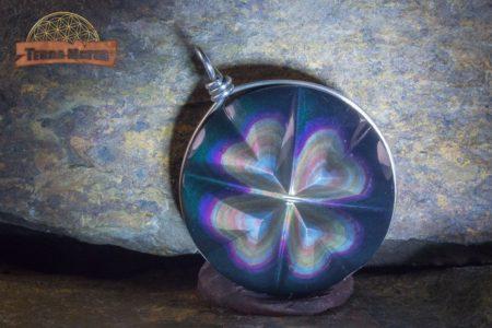 Pendentif trèfle en obsidienne oeil céleste AAA