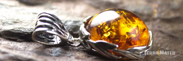 Pendentif d'ambre de la baltique - Monture argent 925