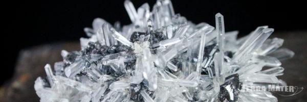 Druse de quartz - cristal de roche de Madagascar