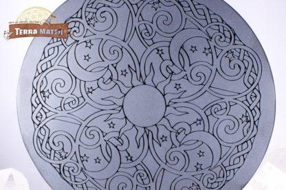 Mandala gravé sur obsidienne noire 15 cm