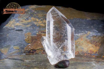 Pointe de cristal de roche brute limpide 8 cm