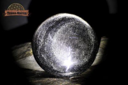 Galet façon cabochon 96 g en Obsidienne Argentée