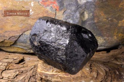 Cristal naturel entier et biterminé de Tourmaline noire de Madagascar
